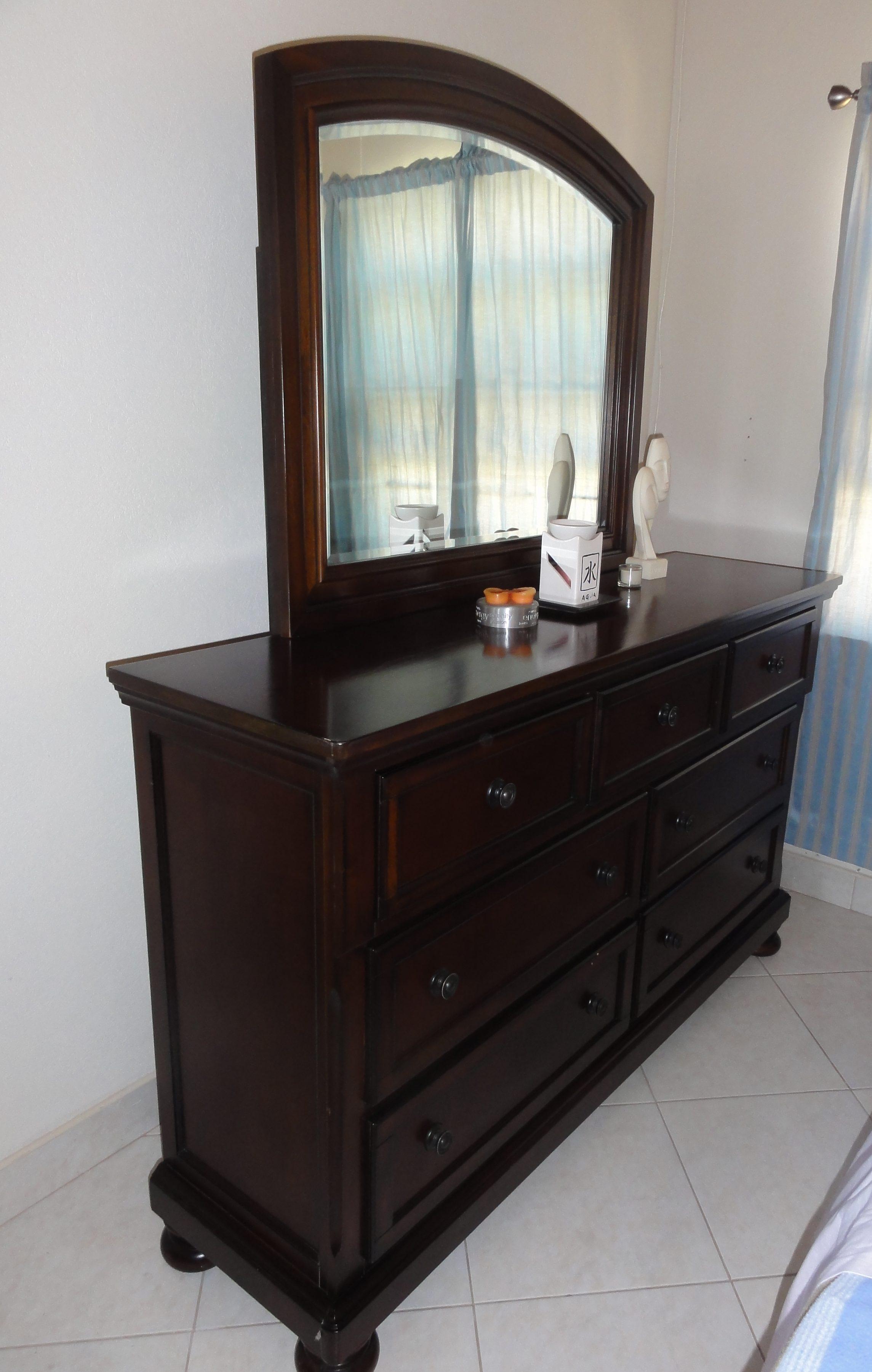 Ashley Millennium Solid Wood 2 Piece Dresser And Mirror Set