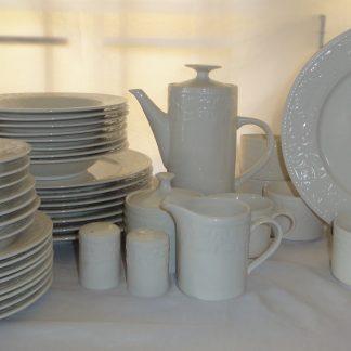 Garland Stoneware Dinnerware set